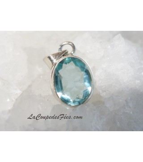 Petit pendentif Topaze bleue facetée & Argent