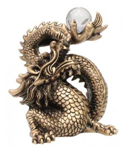 Dragon en résine dorée avec boule - 15 cm