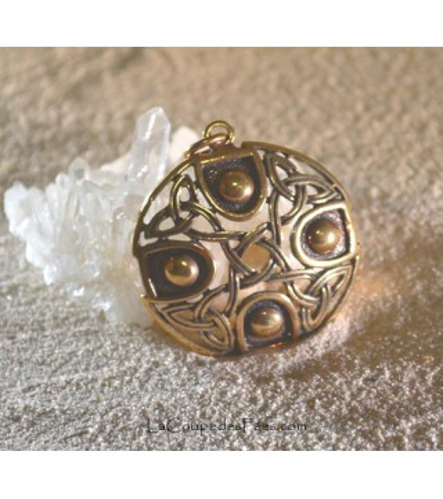 Pendentif Bouclier Celtique