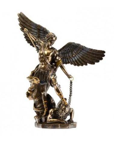 Statue de l'Archange Mickaël
